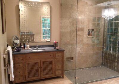 Vanity & Shower 2